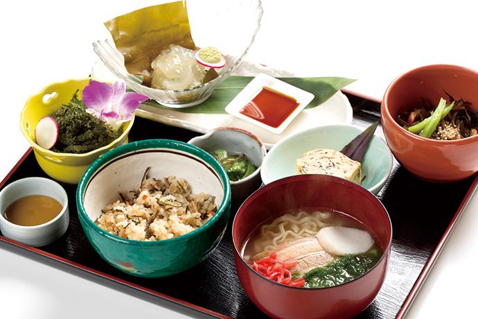 沖縄元気料理 ゆいまーる